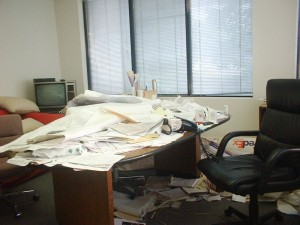 5 Messy Desk Before-2