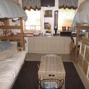 Dorm Room Design- My Friend, Katherine Macon Organizer
